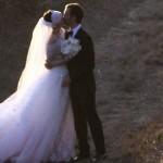 Anne Hathaway matrimonio abito da sposa Valentino
