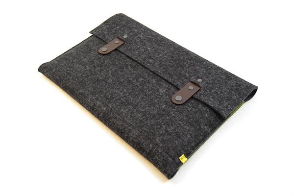 custodia-feltro-di-lana-per-macbook-13-15-case-anonimamente-design