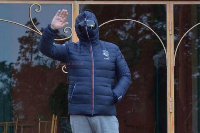 Beppe Grillo mascherato