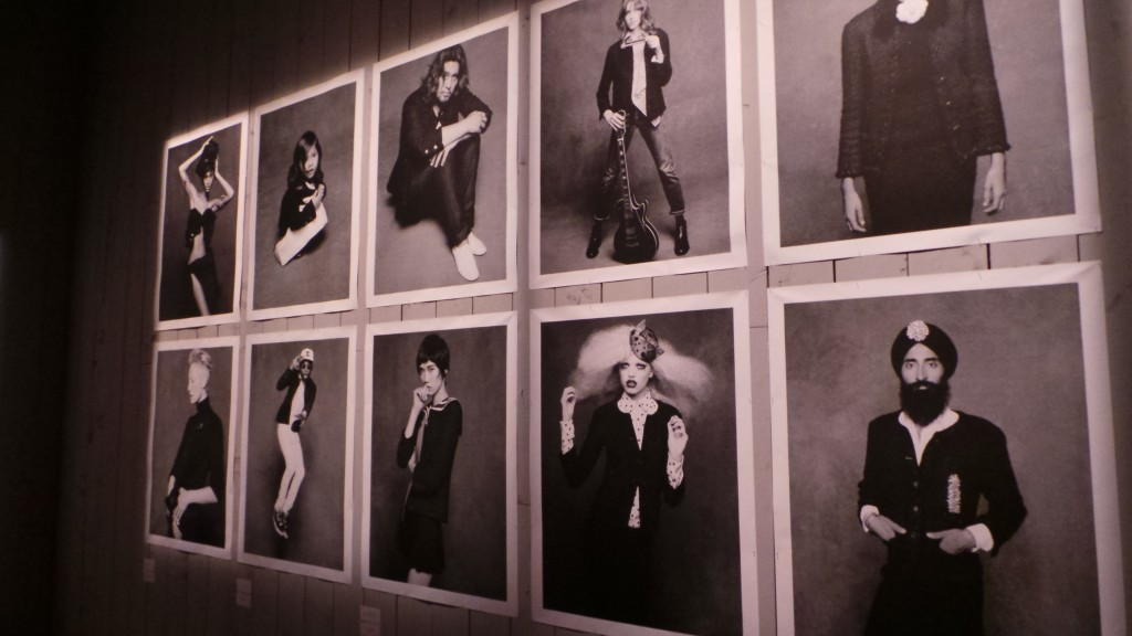 little black jacket Chanel - mostra a Milano