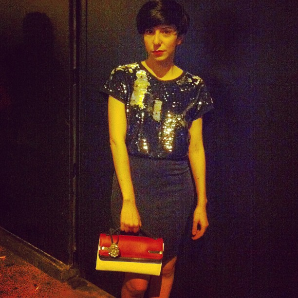 simona melani wearing rosalie bag by Vincent