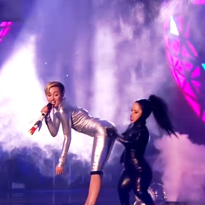 twerking Miley Cyrus