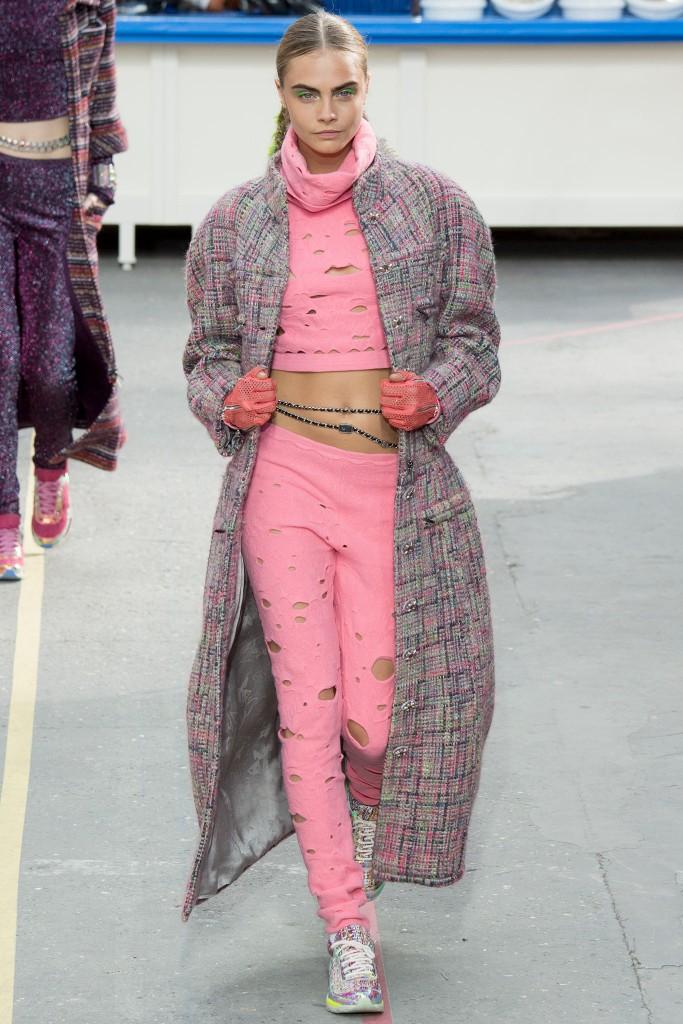 cappotto chanel cara delevingne