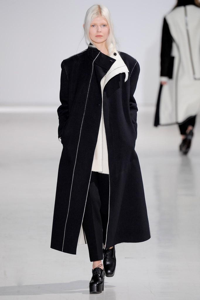 costume national cappotto nero bianco