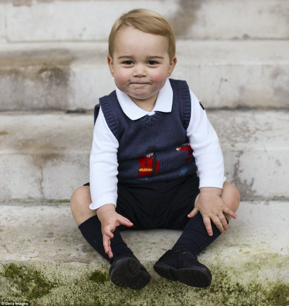 Prince George official portrait
