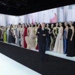 Giorgio Armani con modelle
