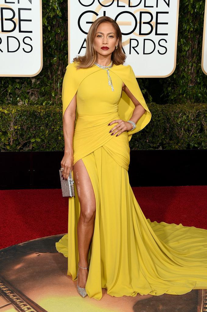 Jennifer Lopez in Giambattista Valli - splendida costruzione dell'abito, colore superbo, attitude da numero 1