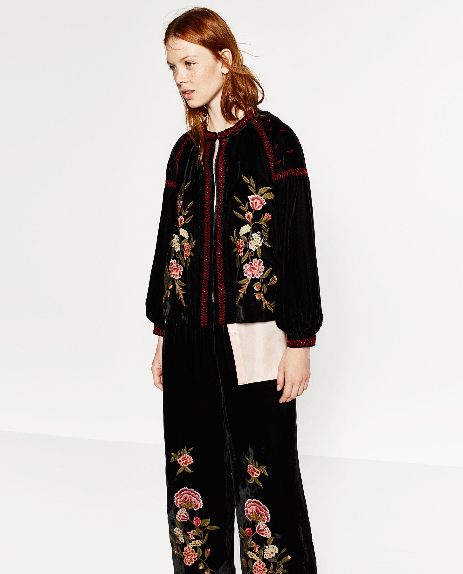 Giacca in velluto con ricami, da Zara