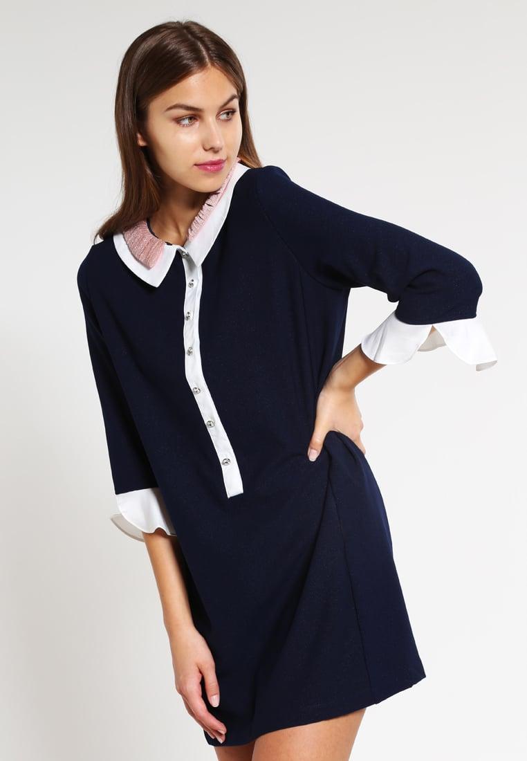 vestito modest Outfit da ufficio: basta con il solito tubino!