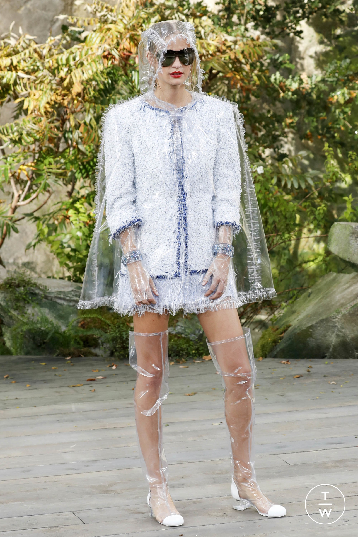 Chanel Impermeabile trasparente in PVC